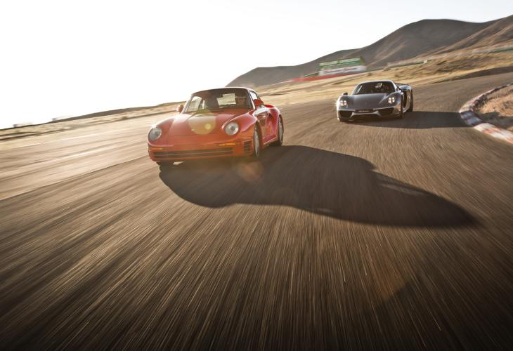 Porsche 918 Spyder vs. 959 for innovation