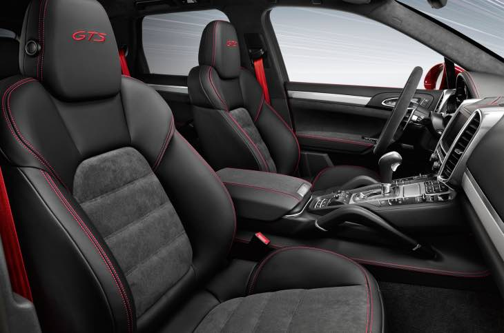 Porsche Cayenne GTS 2015 interior