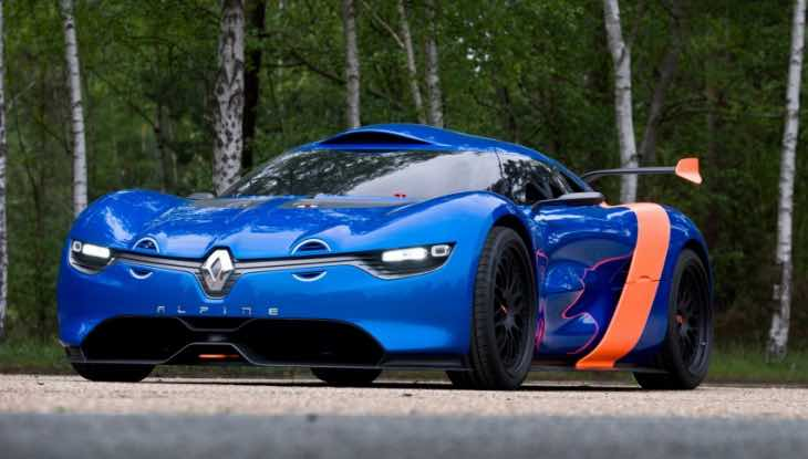 Pre-production Renault Alpine debut