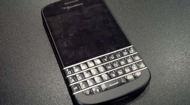 Premature BlackBerry Q10 UK release a blunder