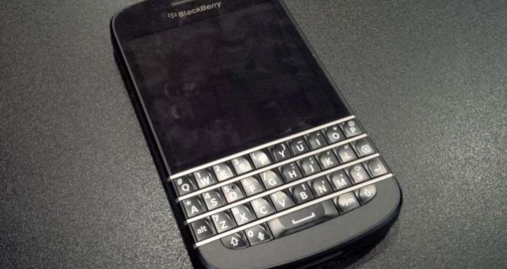Premature BlackBerry Q10 UK release a blunder