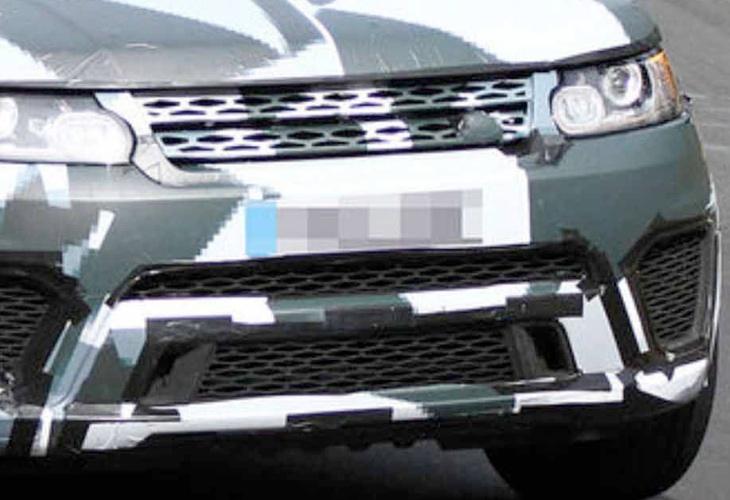 Range Rover Sport R vs. Ford F-150 SVT Raptor