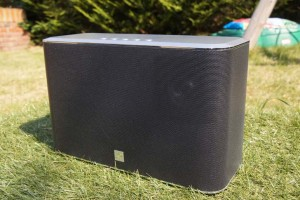 Unboxing the Roberts R-Line S2 Multi-Room Stereo Speaker