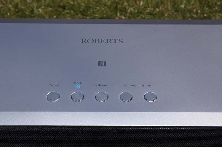 Roberts-R-Line-S2-Speaker-top-buttons