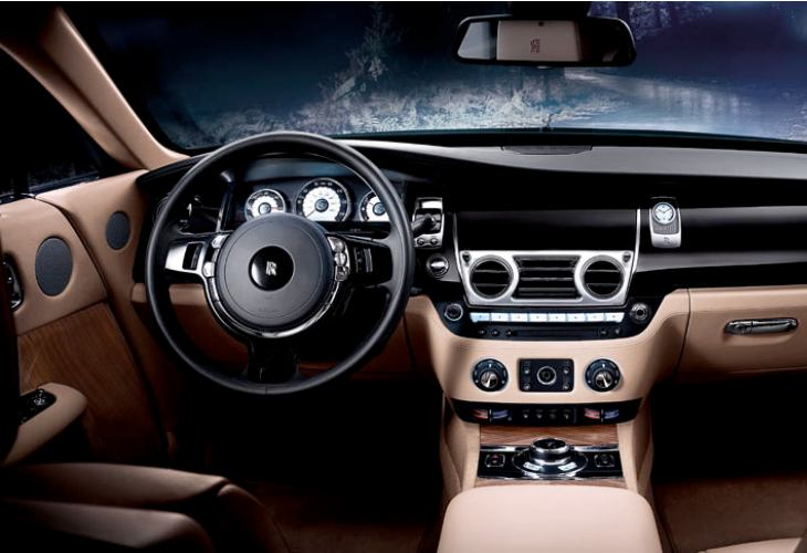 Rolls-Royce Wraith interior and ext