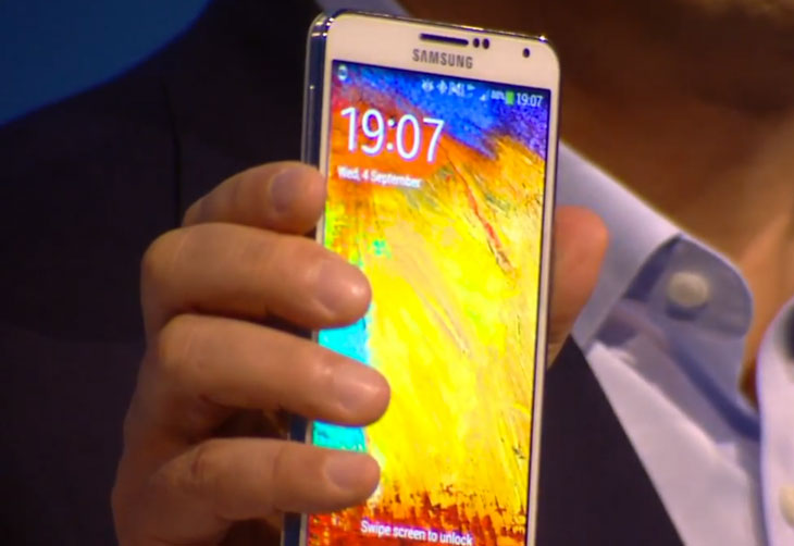 The real Samsung Galaxy Note 3 in hands on stage at UNPACKED 2013