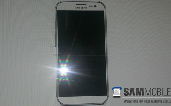 Samsung's comment on Galaxy S4 release date a mistake