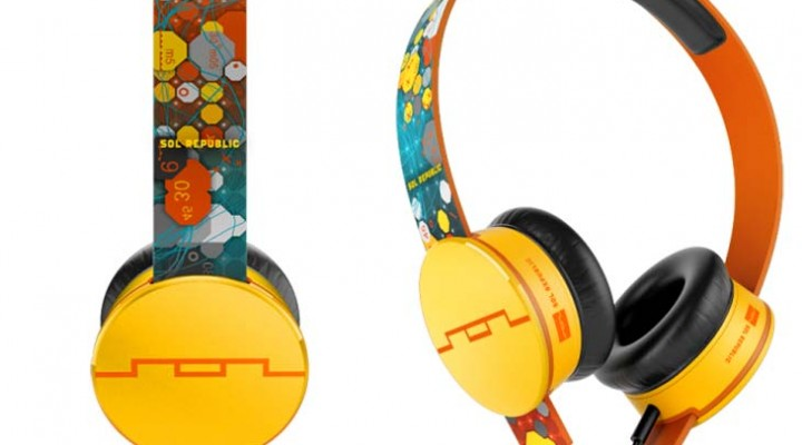 Sol Republic Tracks Ultra On-Ear Vs HD Deadmau5 headphones