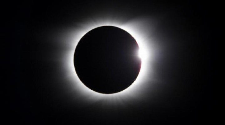 Solar eclipse exact time on Friday with live stream