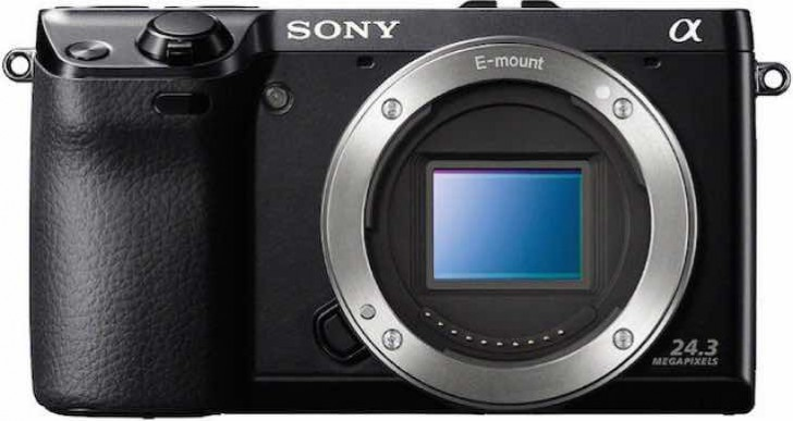 Sony A6100 and A6XXX launch date confusion