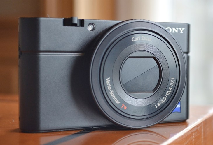 Best digital camera decided by reviews for 2013