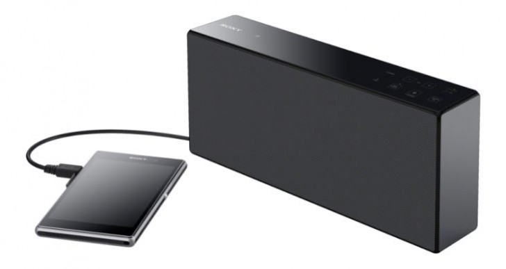 Sony SRSX7 personal audio speaker specs for maximized music