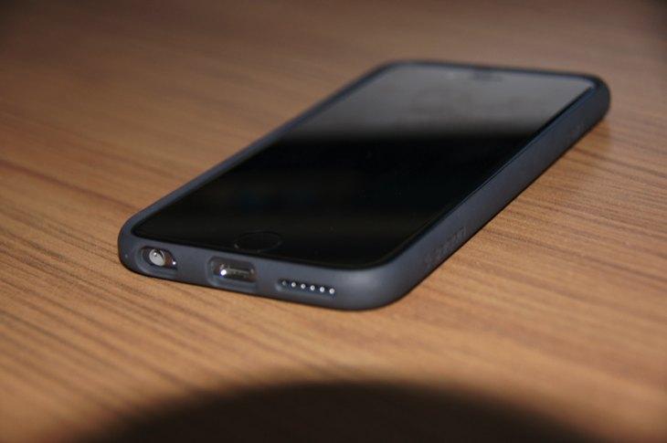 Spigen Ultra Hybrid iPhone 6 Bumper case 7