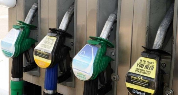 Tesco UK petrol prices to fall below £1, Asda to follow