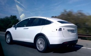 Tesla Model X space functionality questioned after new sighting