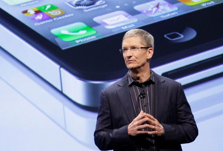 Apple boss causes employee to resign job
