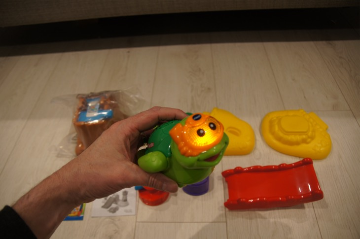 toot-toot-splash-turtle-lightup