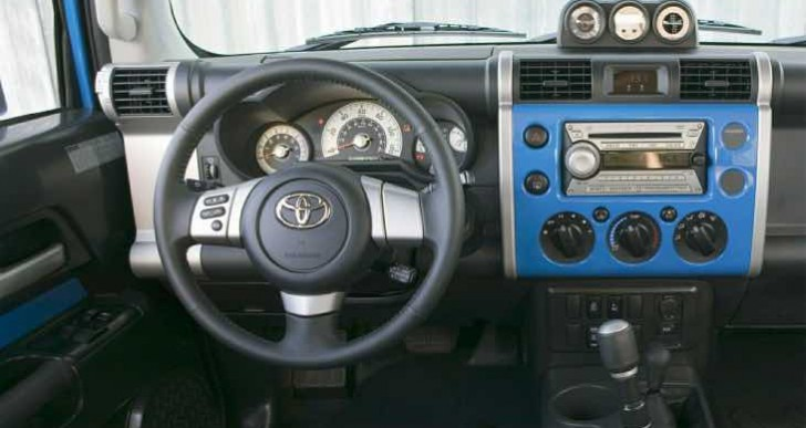 Toyota recalls 2014 FJ Cruiser, but not for airbag