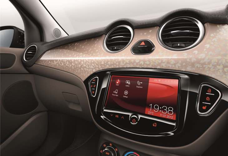 Vauxhall ADAM infotainment update