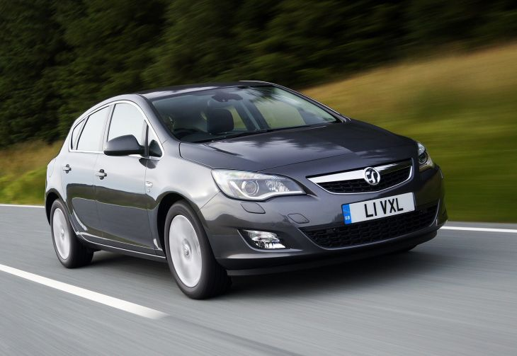 Vauxhall Astra UK price drops in half 2