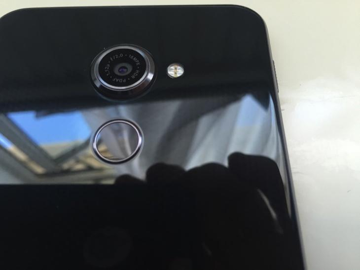 Vodafone Smart platinum 7 review 9