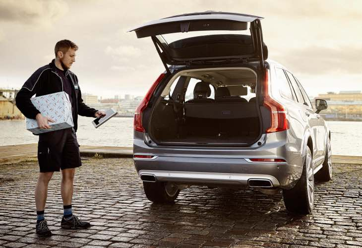 Volvo In-car Delivery to ease Cyber Monday stress in Sweden