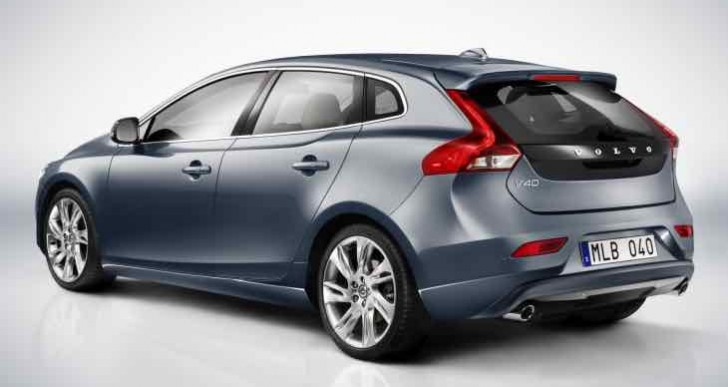 Volvo V40 Kinetic price in India, and Design variant