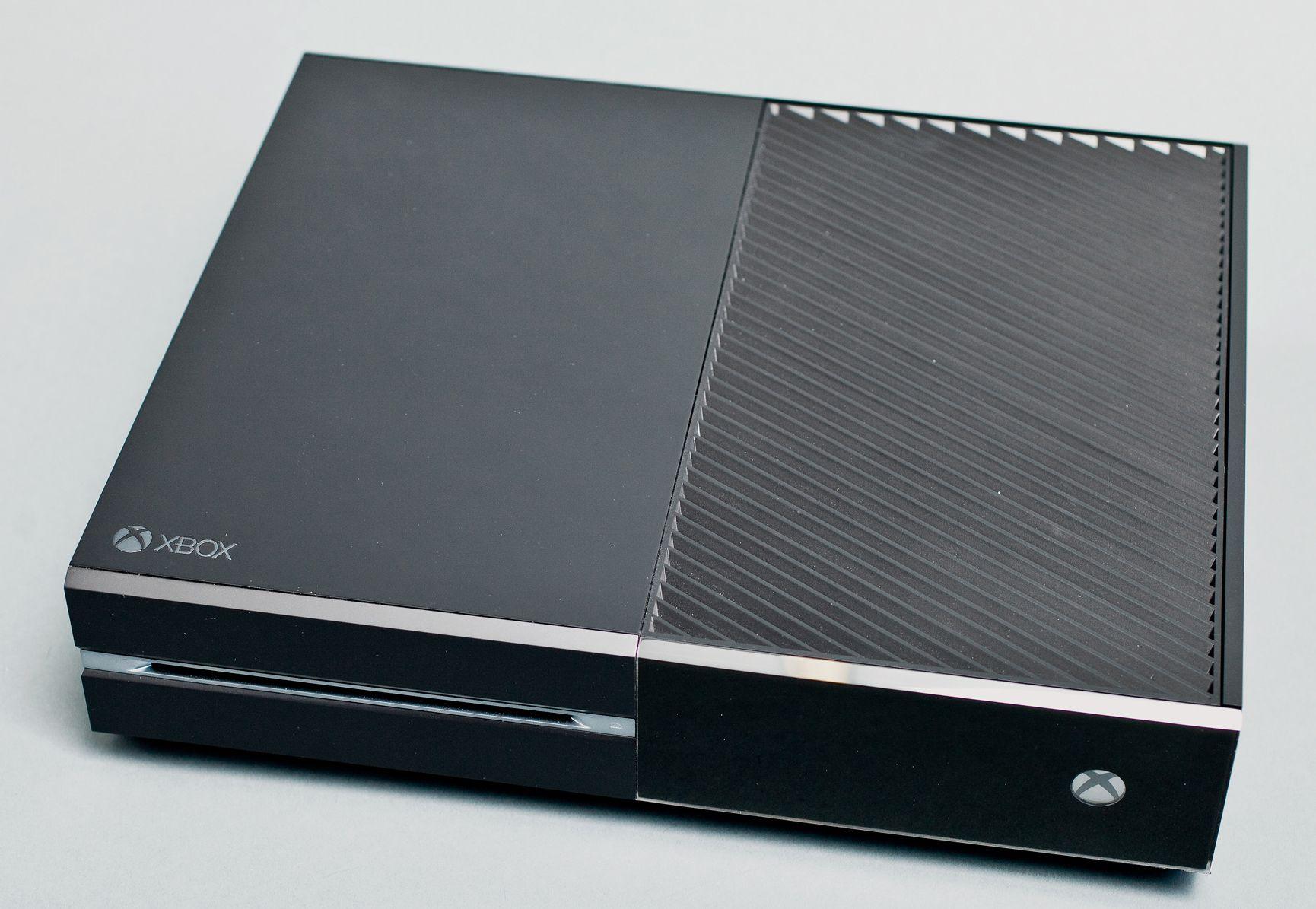 Xbox One multiple size comparisons