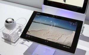 Xperia Tablet Z vs. iPad 4 and Nexus 10 video reviews