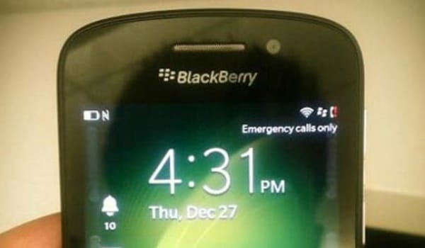 BlackBerry X10 teases QWERTY before launch