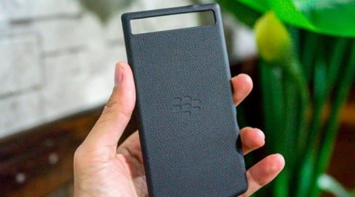 New BlackBerry Z10 with Porsche Design hinted