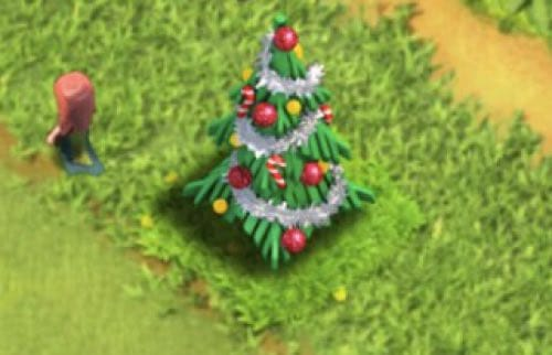 clash-of-clans-christmas-tree-2014-vs-2015