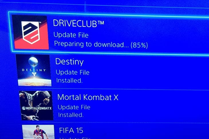 driveclub-getting-ready-to-download