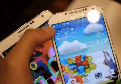 galaxy-s4-vs-note-3-up-close