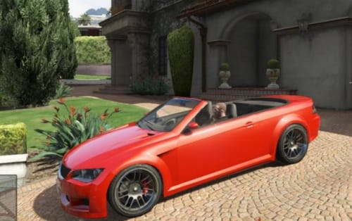 Niko looks fantastic in GTA V story mode with this mod.