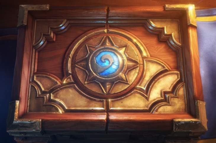 hearthstone-on-iphone-6-plus