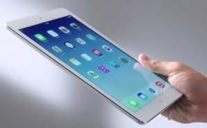Apple break iPad sales record, iPod suffering