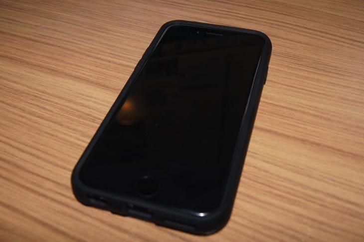 iPhone-66s-Spigen-Slim-Armor-CS-case-review-2.