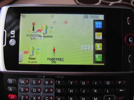 lg-gw520-qwerty-and-touch-handset-17