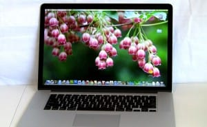 New MacBook Pro videos review Retina display