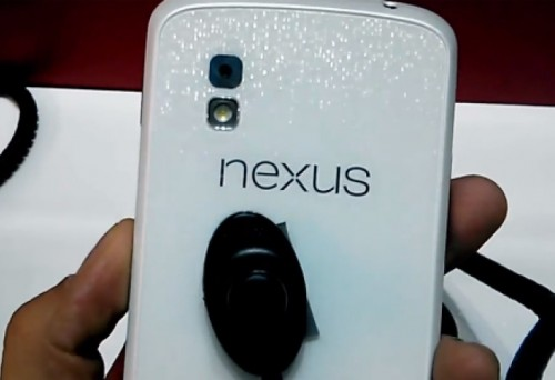 nexus-4-black-white-model