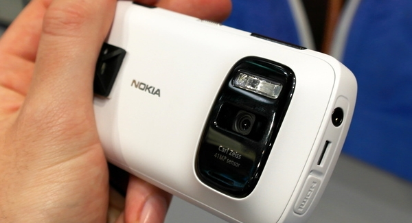 No US release for Nokia 808 PureView