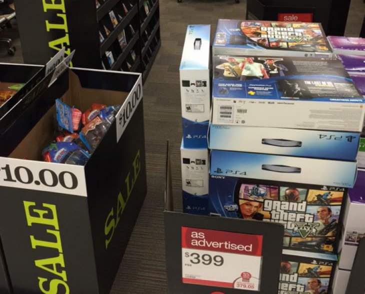 ps4-vs-xbox-one-holiday-sales