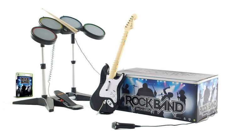 rock-band-4-ps4-xbox-one-2015