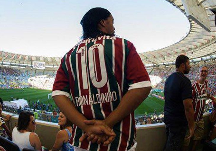 ronaldinho-in-fifa-16
