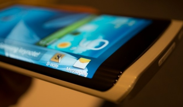 Samsung Youm flexible visual at CES 2013