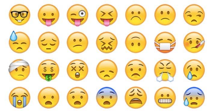 Whatsapp 2.12.453 update with all new Emoji list