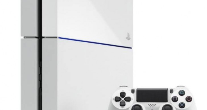PS4 White console Vs black