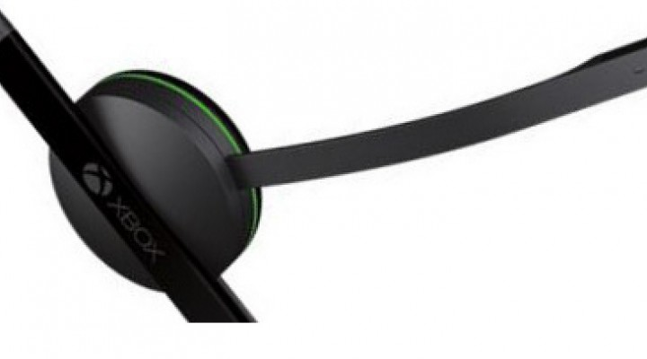 Xbox One headset not free due to Kinect
